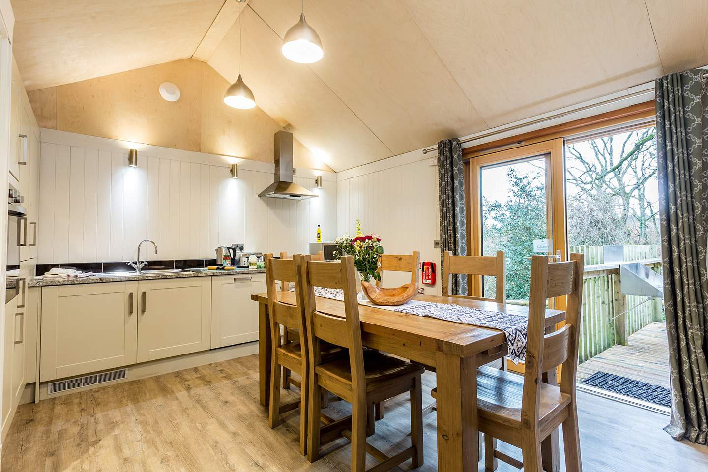 Burnbake Forest Lodges - 3 bedroom lodge sleeps 6